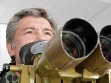 Ющенко объяснил, почему переход на контрактную армию является невыполнимым