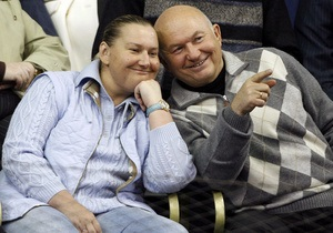 Жена Лужкова подаст в суд на российские телеканалы