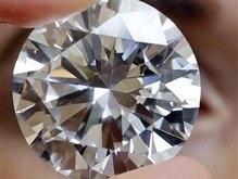 Таможенники нашли в кармане украинца более 8000 бриллиантов