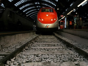 Скоростной поезд Сапсан совершил первую поездку из Москвы в Петербург