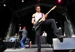 Бас-гитаристу группы Bloodhound Gang на пять лет запретили въезд в Украину