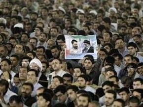 В Тегеране полиция пытается разогнать митинг оппозиции
