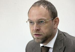 Защита: Тимошенко не может пройти даже 30 метров