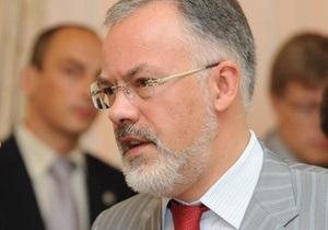 Табачник утверждает, что не называл украинский  ненужным языком