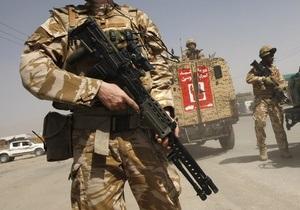 В Афганистане талибы устроили взрыв на базе НАТО. Пострадали 70 человек