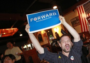 Обама начал получать поздравления с победой на выборах президента в США