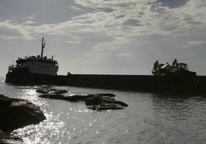 В Херсоне бизнесмены сдали на металлолом судно, которое было в залоге у банка