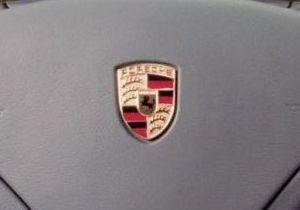 В Одессе иностранцу продали Porsche Cayenne с поддельным удостоверением следователя ГПУ