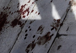 В Ровенской области неизвестный убил двух мужчин кочергой