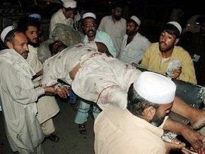Теракте в Пакистане: погиб 21 полицейский, 15 человек получили ранения
