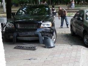 В Одессе взорвался автомобиль чиновника