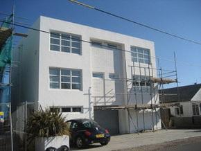 Британцам рекомендовали перекрасить дома в белый цвет в борьбе с глобальным потеплением