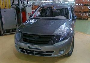 В интернет попали первые снимки новой Lada Granta