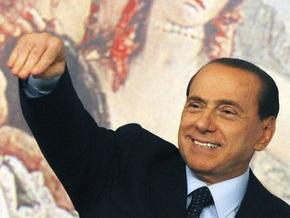 Берлускони заявил, что никогда не платил за секс-услуги