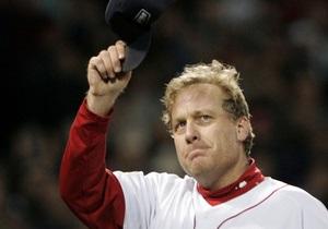 Знаменитый бейсболист продает свой носок, чтобы расплатиться с долгами
