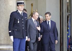 Путин пообещал Саркози повременить с продажей С-300 Ирану