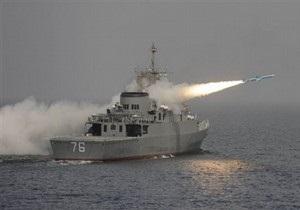 Корабли ВМС Ирана вошли в Суэцкий канал