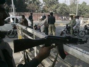 Пакистанские войска уничтожили более ста боевиков
