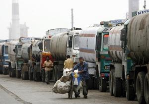Сбой в поставках нефти из РФ: в Казахстане ожидают дефицита бензина