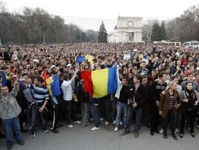 Евросоюз обеспокоен готовностью Румынии предоставить гражданство миллиону молдаван