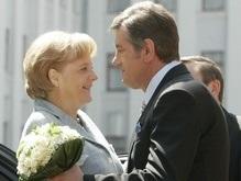 Ющенко остался доволен диалогом с Меркель