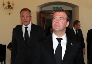 Медведев посоветовал Минску равняться на Киев:  Именно так проверяются истинные намерения друзей