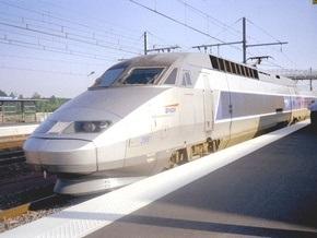 Во Франции поезд сбил 13 человек