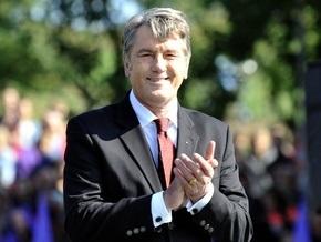 Завтра Ющенко принесет документы в ЦИК