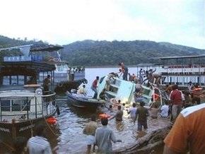 Крушение катера в Индии: более тридцати погибших