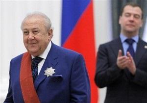 Церетели пообещал поставить памятник Лужкову в Москве
