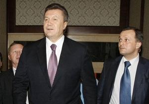 Корреспондент выяснил, кто влияет на решения Януковича