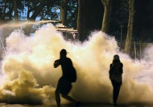 Протесты в Турции: полиция израсходовала на демонстрантов весь слезоточивый газ