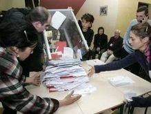 Выборы в Грузии: оппозиция заявляет о  каруселях  и методах Шеварнадзе