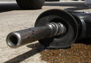 Ъ: Крупнейшие операторы рынка нефтепродуктов намерены повысить цены на бензин