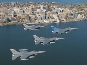 Над Атлантикой столкнулись два истребителя ВВС США