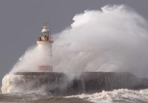непогода в Украине - шторм - В акватории Черного и Азовского морей объявлено штормовое предупреждение