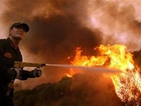 Греческий остров охватил крупный лесной пожар