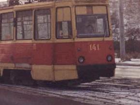 В Луганске под колесами трамвая погибла девушка
