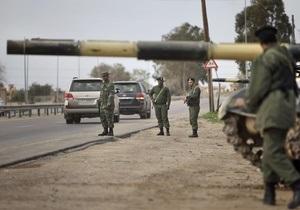 Ливийские повстанцы обвинили Каддафи в гибели десяти тысяч человек