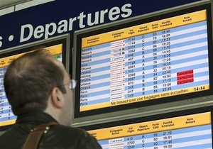 Европа постепенно восстанавливает работу авиатранспорта