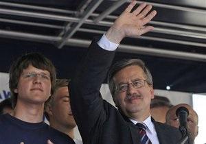 Экзит-полл: Бронислав Коморовский побеждает на выборах президента Польши