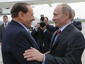 Путин открыл автозавод и проехал на обещанном Берлускони внедорожнике