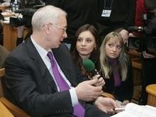 Азаров намекнул, что его место в ПР займет Янукович