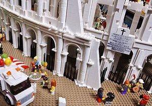 Австралийцы собрали копию римского Колизея из Lego