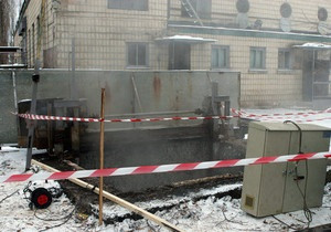 Авария на Бортнической станции аэрации: Место ЧП подготовили к засыпке
