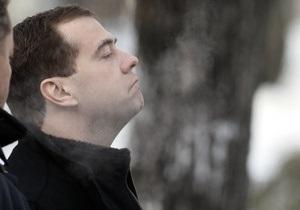 Новости России - Самолет Дмитрия Медведева не смог приземлиться в Москве и улетел в Петербург