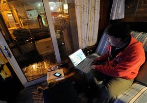 Зашкваливает. Пользователи социальных сетей пишут из зоны бедствия, охваченной ураганом Сэнди