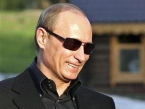 Путин за год заработал больше Медведева