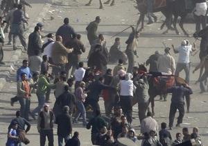 Российские журналисты подверглись нападению со стороны участников беспорядков в Каире
