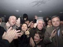 Саакашвили уже поздравляют. Оппозиция называет это провокацией